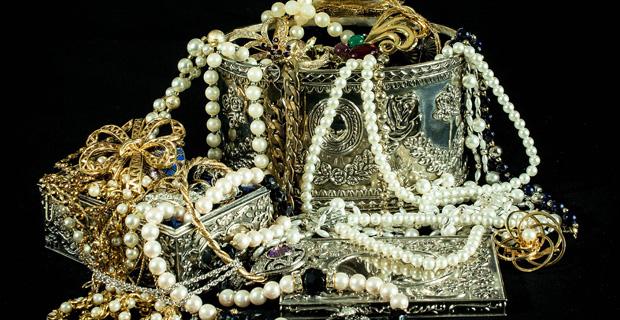 Warburg Pincus set to invest $200 mln in India's Kalyan Jewellers